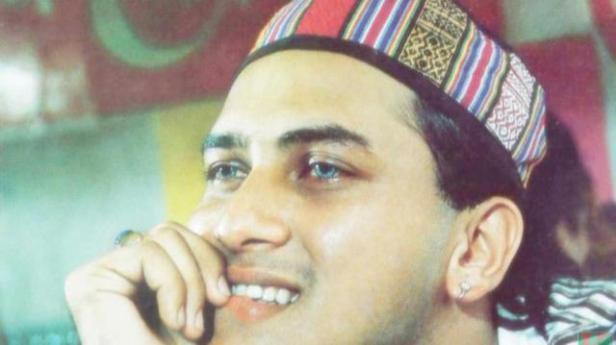 f186a57b5b00ad19d34da71e3c6d57ab-Salman-shah